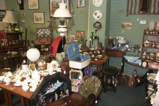 Old Coach House Antiques Centre: just 1 area