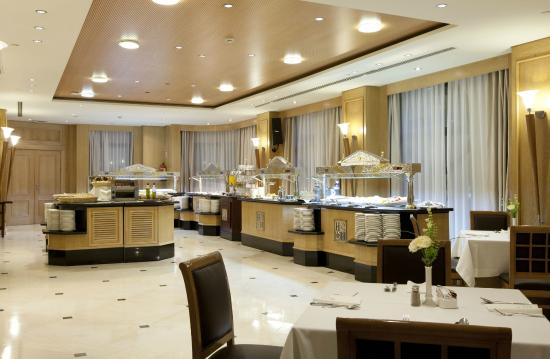 Sevilla Center Hotel: Desayunos