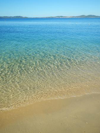 Akrathos Beach Hotel: пляж, дно