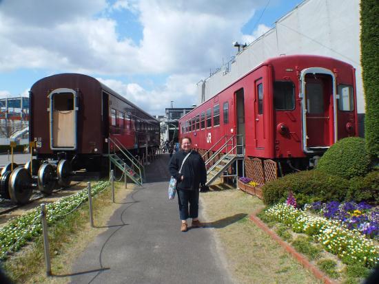 Umekoji Steam Locomotive Museum: Carriages you can enter