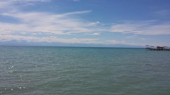 Raduga Resort Center: il lago Issyk Kul