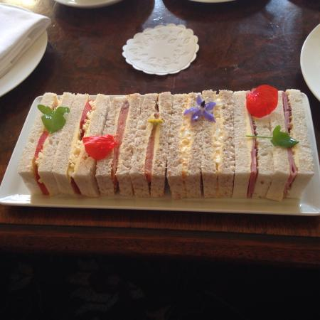 Glenapp Castle: Afternoon tea