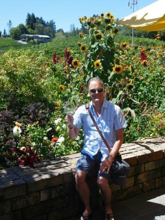 Lynmar Estate Winery: Beautiful gardens