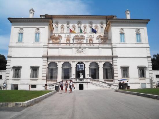 Galleria Borghese: Exterior