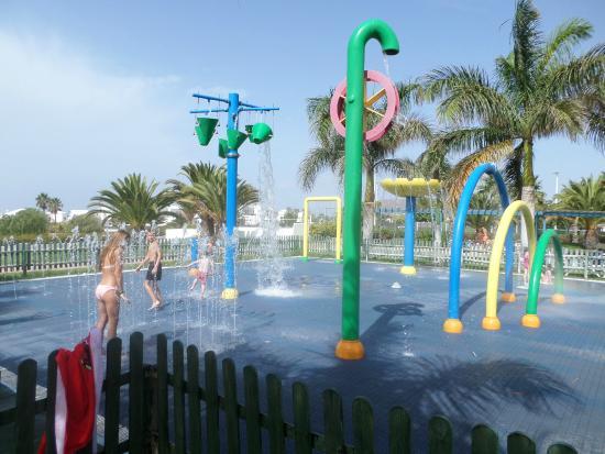THB Tropical Island: jeux d eau
