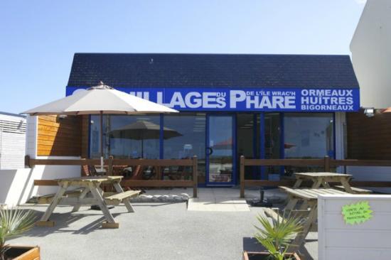 Maison LEGRIS: Bar à huitres à Plougerneau