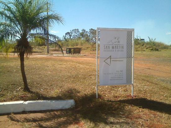Parrilla San Martin Brasília: San Martin, sinalização