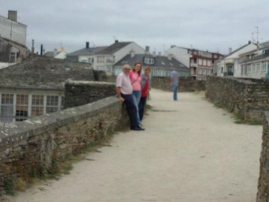 The Roman Walls of Lugo: Recuerdo