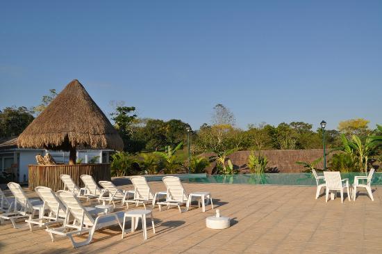 Hotel Villa Mercedes Palenque: У бассейна