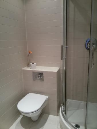 Hyde Park Executive Apartments: Casa de banho