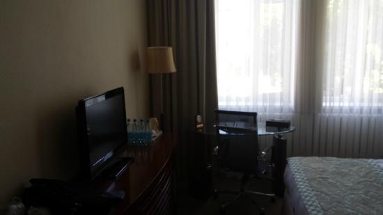 Park Hotel Bishkek: camera da letto 2