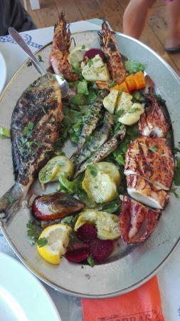 Zorbas Taverna: grigliata di pesce