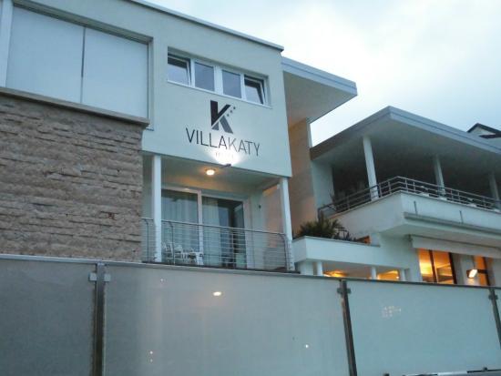 Hotel Villa Katy: La facciata