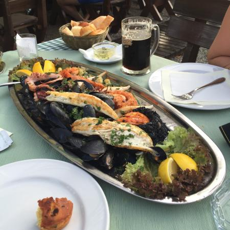 Restoran Pivnica: Отличное морское ассорти, стоит попробовать.