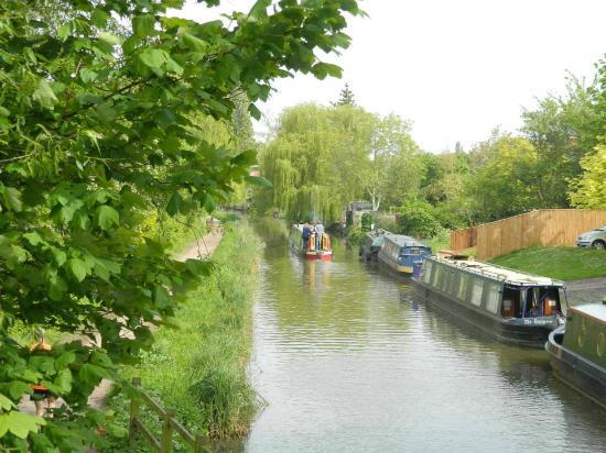 Oxford Canal: El canal y sus botes