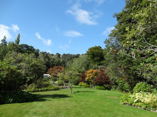 Glenfalloch Restaurants: Lovely gardens
