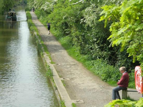 Oxford Canal: La gente va a pasear