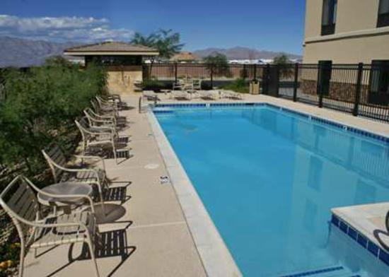 Hampton Inn Las Vegas/North Speedway: Our Outdoor Swimming Pool is Heated