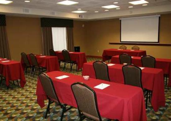 Hampton Inn Las Vegas/North Speedway: 648 Square Feet of Meeting Space