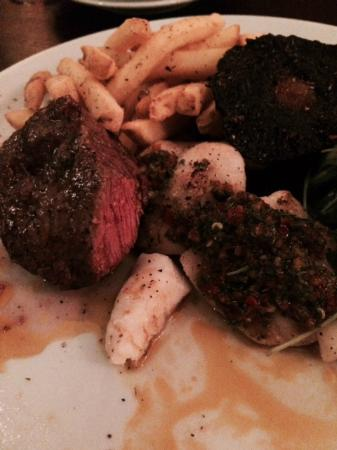 Helperby, UK: Surf and Turf - beautiful steak!