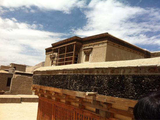 Leh Royal Palace: Go see yourself....