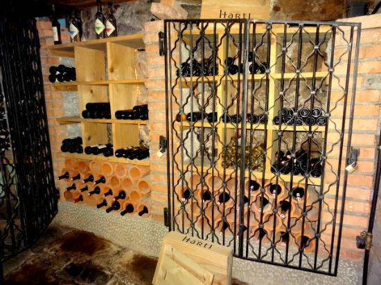 Kellerwirt: Weinkeller 1