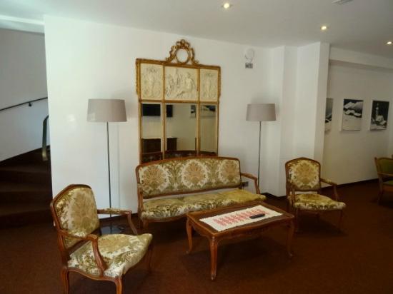 Kellerwirt: Lounge 1