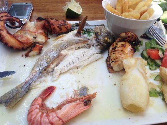 Chris Blue Beach: Fish platter