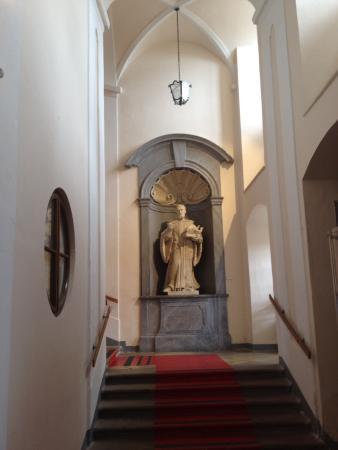 Benediktinerstift Goettweig: Stejný pohled z jiného úhlu uvnitř pokoje