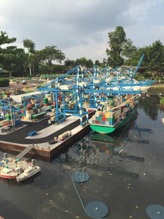 Legoland Malaysia: lego port