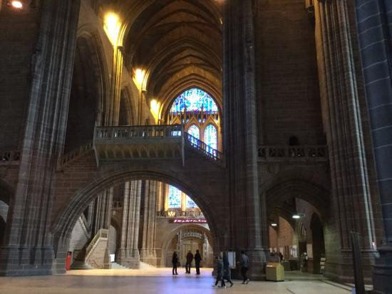 Liverpool Cathedral: Interno