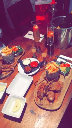 Q Bar and Kitchen: What a lovely Afternoon 🙌🙌