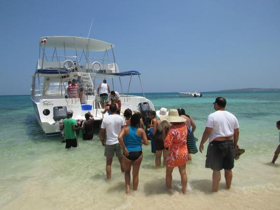 Paradise Island & The Mangroves (Cayo Arena): Buenas embarcaciones