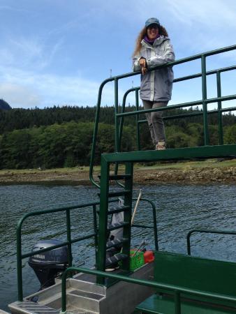 Tide Rip Grizzly Tours: barca da avvistamento