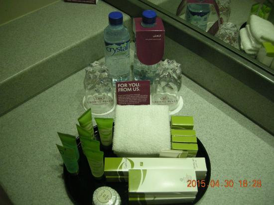 Crowne Plaza Dubai: Toiletries (Washroom)