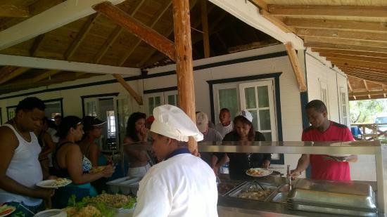 Paradise Island & The Mangroves (Cayo Arena): Buenas comida