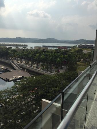 Hotel Jen Puteri Harbour, Johor: view from d swimming pool