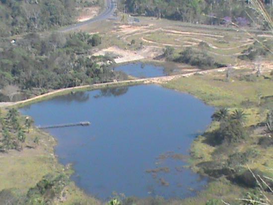 Parque Chico Mendes: lago visto de cima