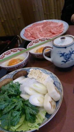 Asakusa Imahan Kokusai Dori Honten: コースのすき焼き