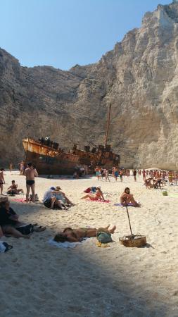 Majestic Spa Hotel: Ship wreck