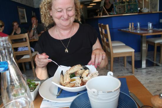 The Mishnish Bar: Crab claws for lunch