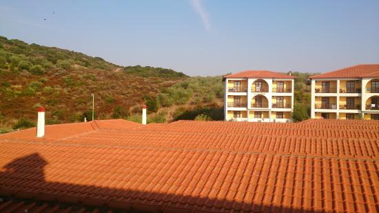 Akrathos Beach Hotel: вид из номера