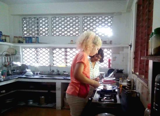 Shravanam Greens: Cooking lesson...