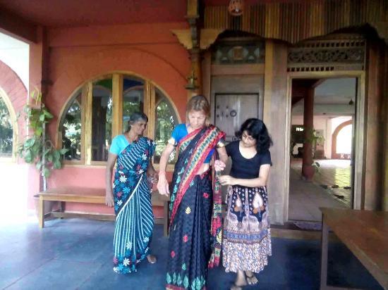 Shravanam Greens: Sari wearing...