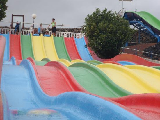 Aquapark Costa Teguise: Rainbow slide!