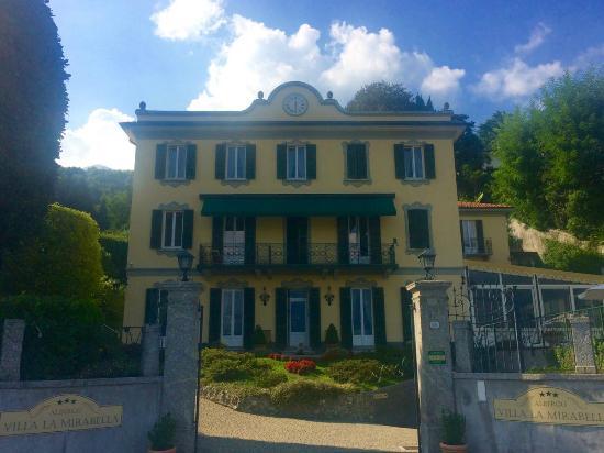 Villa La Mirabella: hotel face