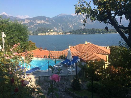 Villa La Mirabella: vue de la piscine