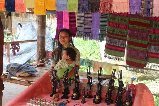 Long Neck Village: Market