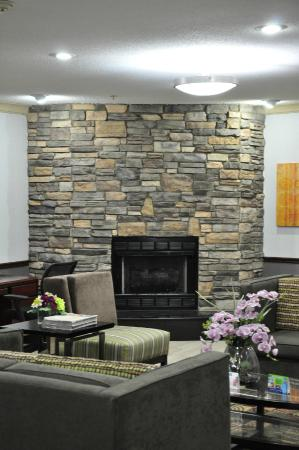 BEST WESTERN Old Mill Inn: Lobby