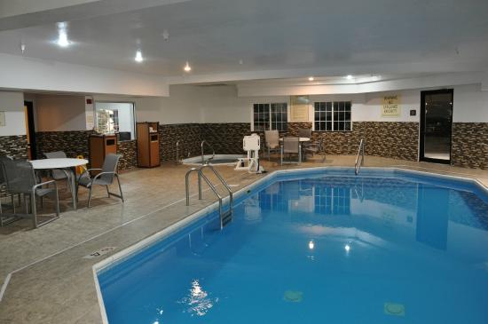 BEST WESTERN Old Mill Inn: Indoor Pool